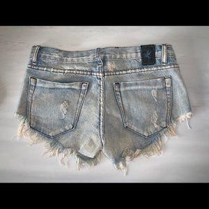One Teaspoon Shorts - One Teaspoon destroyed denim festival shorts (26)